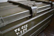 画像5: ドイツZARGES社イギリス軍折り畳みアルミコンテナ (5)