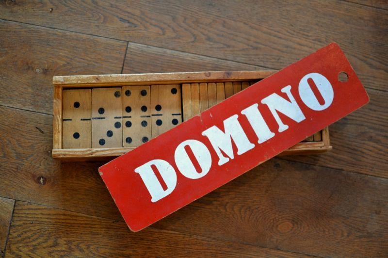 画像1: DOMINOドミノゲーム・ボックスセット (1)
